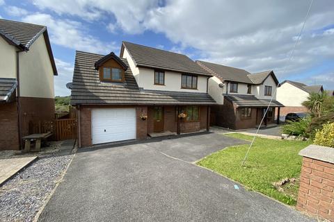 4 bedroom detached house for sale - Crosshands Road, Gorslas, Gorslas, Carmarthenshire