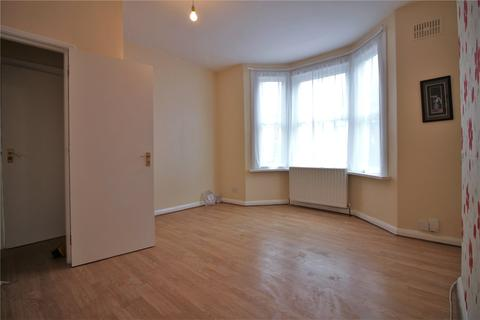 2 bedroom maisonette to rent - Rosebank Road, London, W7