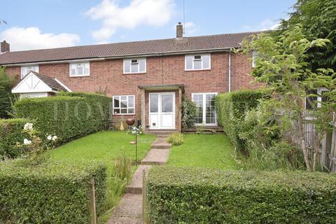 3 bedroom terraced house for sale - Park Road, Northaw, Potters Bar, EN6