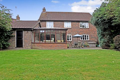 4 bedroom detached house for sale - Beachs Drive, Chelmsford, CM1