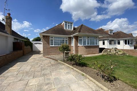 3 bedroom detached bungalow for sale - Beachside Close, Goring-By-Sea, Worthing