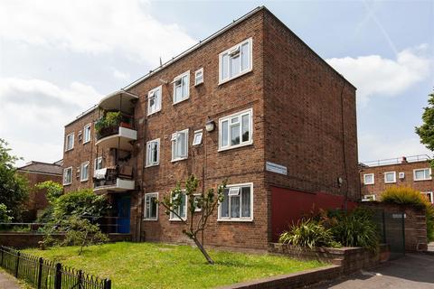2 bedroom flat for sale - Shacklewell Road, N16