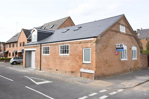 2 bedroom coach house for sale - Plymouth Place, Leamington Spa