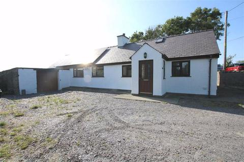 4 bedroom detached house for sale - Llantrisant, Anglesey, LL65