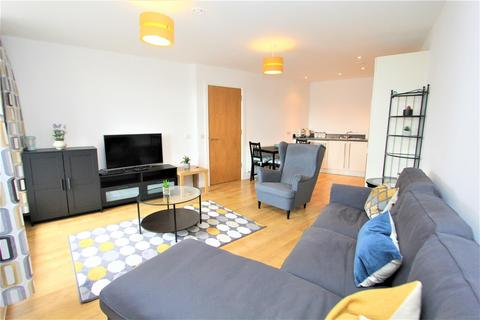 2 bedroom flat to rent - Candle House, Granary Wharf