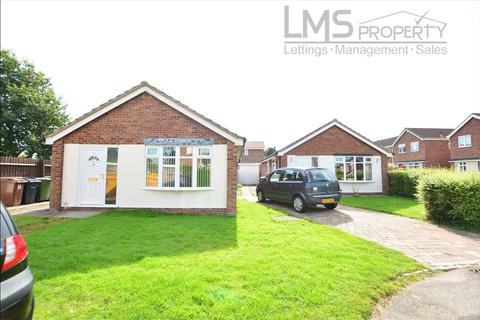 2 bedroom bungalow to rent - Gleneagles Drive, Winsford