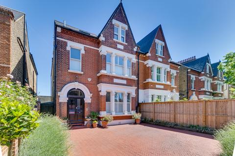 6 bedroom semi-detached house for sale - Trinity Road, London, SW18