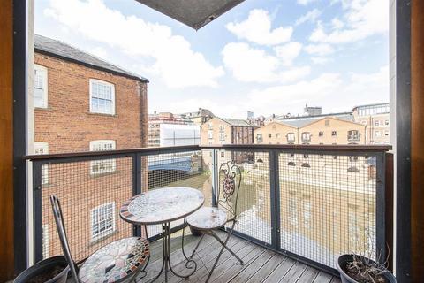 2 bedroom flat for sale - Dock Street, Leeds, West Yorkshire, LS10 1NB
