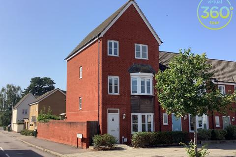 4 bedroom semi-detached house to rent - River Plate Road, Exeter
