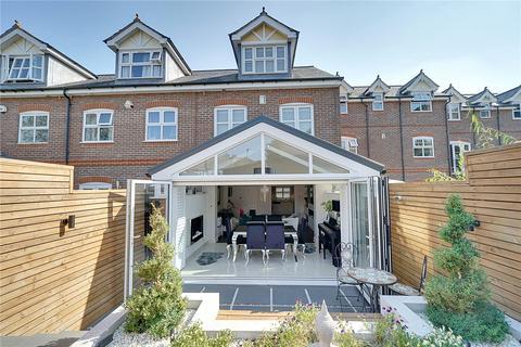 4 bedroom terraced house for sale - Kingsclere Place, Enfield, EN2
