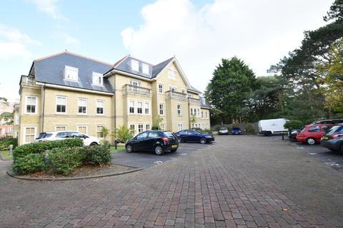 2 bedroom apartment to rent - Adelphi Court, Manor Road