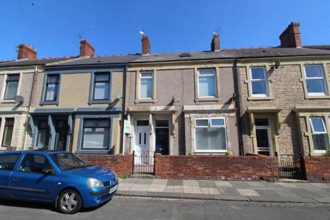 2 bedroom flat to rent - Park Road, Blyth