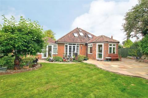 4 bedroom detached bungalow for sale - Hillside Road, Darlington, DL3
