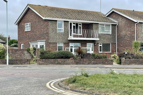 2 bedroom apartment for sale - Goring Seafront
