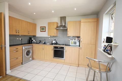 3 bedroom apartment for sale - Miami Close, Great Sankey, Warrington, WA5