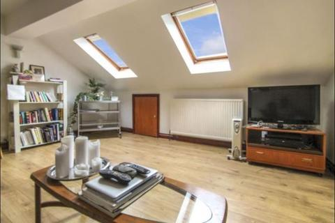 1 bedroom flat to rent - Clarence Road, London, E5