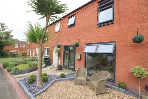 3 bedroom mews for sale - Oxmead Close, Padgate, Warrington, WA2