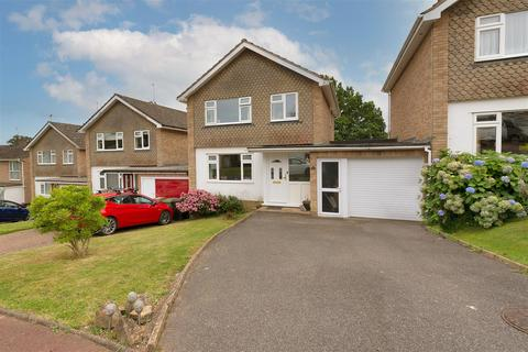 3 bedroom detached house for sale - Chieveley Drive, Tunbridge Wells TN2 5HG