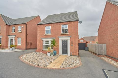 4 bedroom detached house for sale - Olympic Way, Hinckley