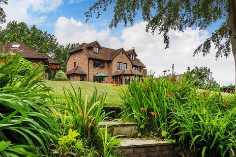 5 bedroom detached house for sale - Harborough Drive, West Chiltington, Pulborough