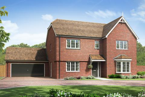 5 bedroom detached house for sale - Plot The Elm, Home 92, The Elm at The Sycamores,  The Sycamores Sales & Marketing Suite , Off Roundwell ME14