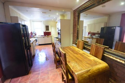 6 bedroom terraced house for sale - Osborne Avenue, Jesmond