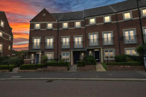 4 bedroom townhouse for sale - 4 Bedroom Townhouse for Sale on Featherstone Grove, Melbury, Newcastle Great Park
