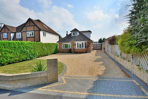 4 bedroom chalet for sale - Longfield Drive, West Parley, Dorset BH22 8TY