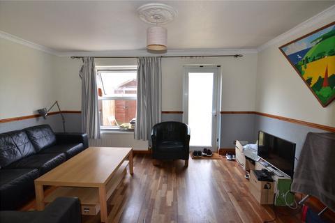 3 bedroom semi-detached house to rent - Dressington Avenue, London, SE4