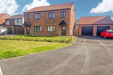 3 bedroom semi-detached house for sale - Coningsby Crescent, St. Nicholas Manor, Cramlington, Northumberland, NE23 1AJ