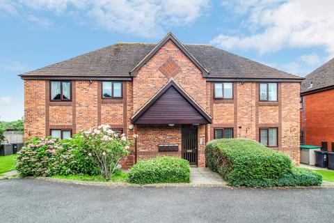 2 bedroom retirement property for sale - Holioake Drive, Warwick