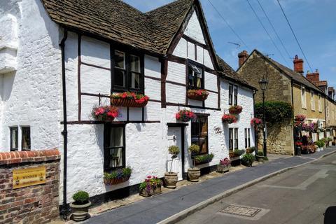 5 bedroom link detached house for sale - Church Walk, Melksham