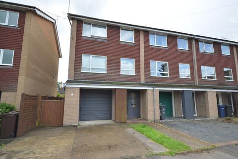 5 bedroom townhouse to rent - Kimbers Lane, Farnham
