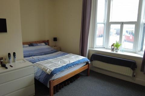 4 bedroom apartment to rent - High Street, Lincoln