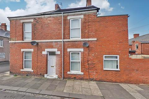 2 bedroom end of terrace house to rent - Princess Louise Road, Blyth