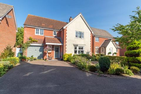 4 bedroom detached house for sale - The Cains, Taverham, Norwich