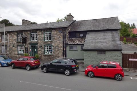 Property for sale - East Street, Rhayader, Powys, LD6