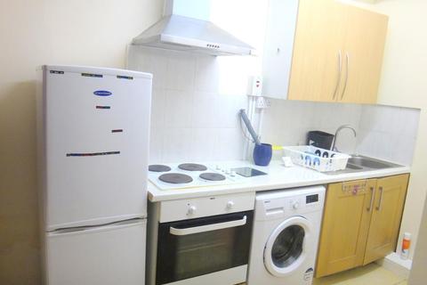 1 bedroom detached house to rent - Crosby Road, london, East london, uk, E7 9HU