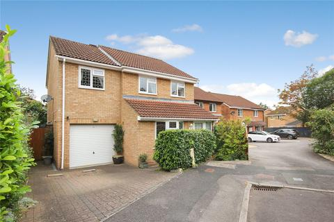 4 bedroom detached house for sale - Marigold Close, Woodhall Park, Swindon, SN2