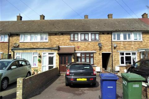 3 bedroom terraced house to rent - Daiglen Drive, South Ockendon