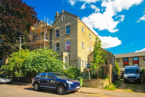 1 bedroom apartment to rent - Bateman Street, Cambridge