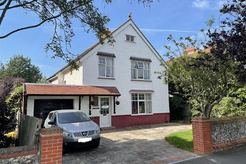 4 bedroom detached house for sale - West Avenue, Worthing