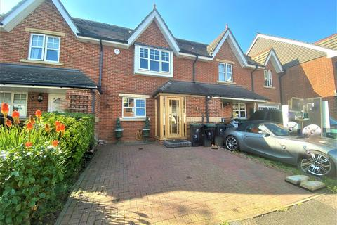 3 bedroom terraced house for sale - Smarts Lane, Loughton, IG10