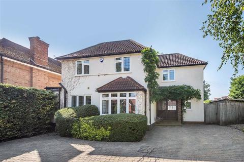 4 bedroom detached house for sale - Calder Avenue, Brookmans Park, Hertfordshire