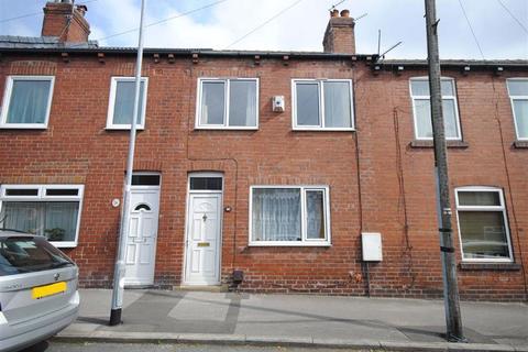 3 bedroom terraced house for sale - Poplar Avenue, Garforth, Leeds, LS25