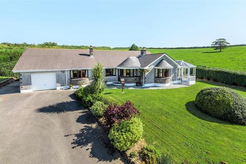 3 bedroom bungalow for sale - Bodmin