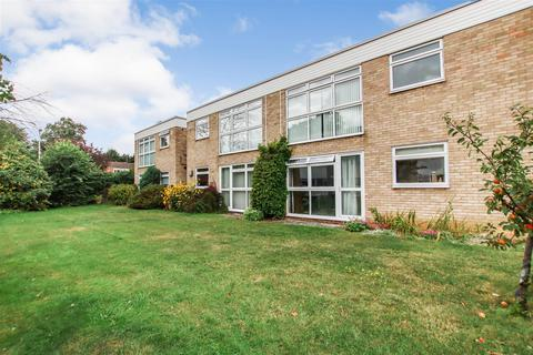 2 bedroom flat to rent - Berrylands, Milton Road, Cambridge