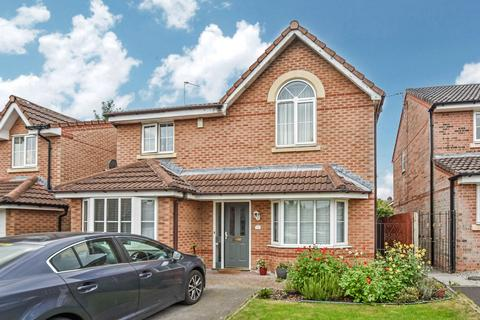 4 bedroom detached house for sale - Willow Close, Unsworth, BL9