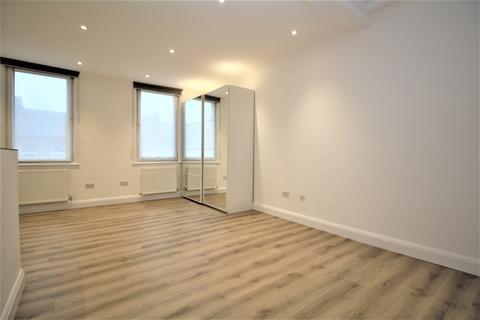 Studio to rent - Broadway Bexleyheath DA6