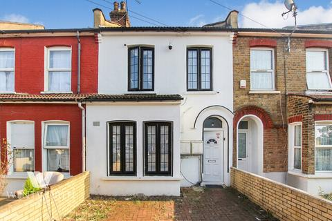 2 bedroom flat for sale - Wingate Road, Ilford, IG1